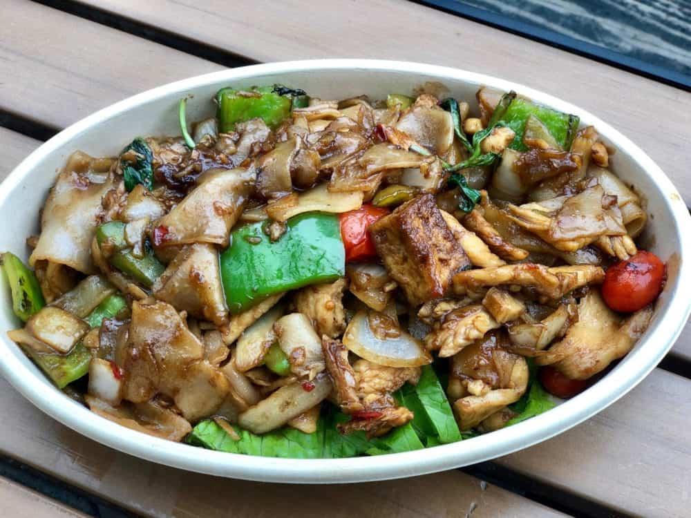 plate of thai food